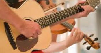 Keman ve gitar alana 4 ders ücretsiz